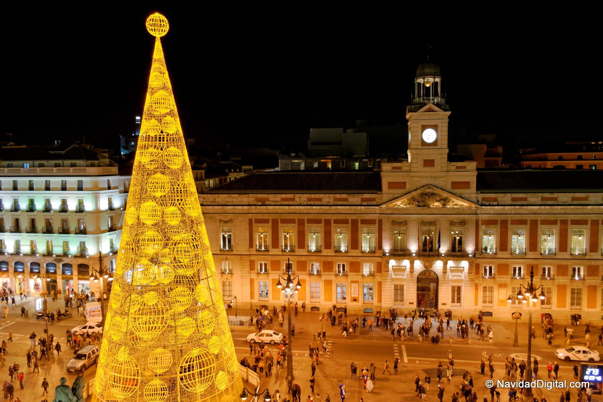 Especial navidad alto y claro for Puerta del sol madrid fotos